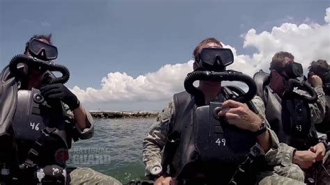 National Guard Special Forces Combat Diver - YouTube