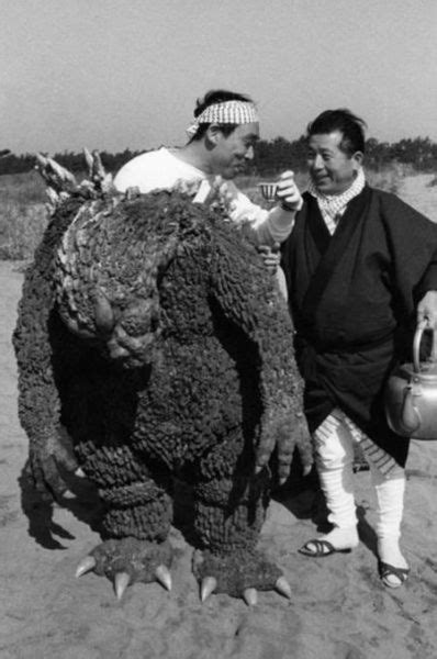 Behind the Scenes of the First Godzilla Movie (11 pics