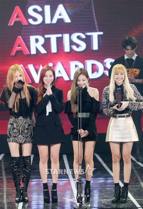 10 Things That Make BLACKPINK a Chart-Topping Super Rookie